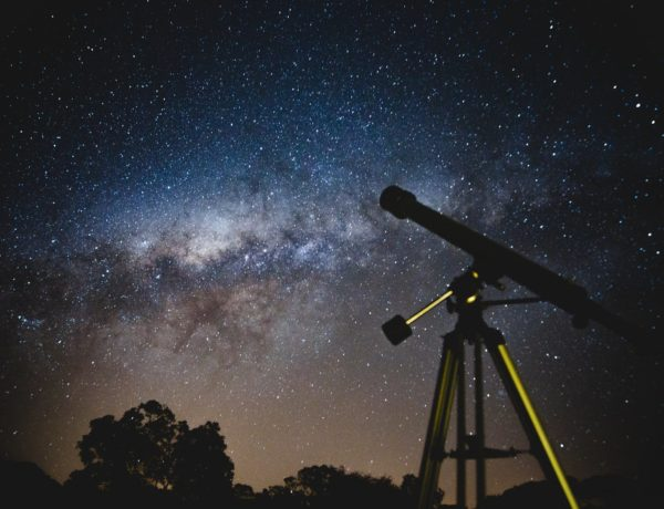 Conflict in Faith and Science—Part I: The Ultimate Artist